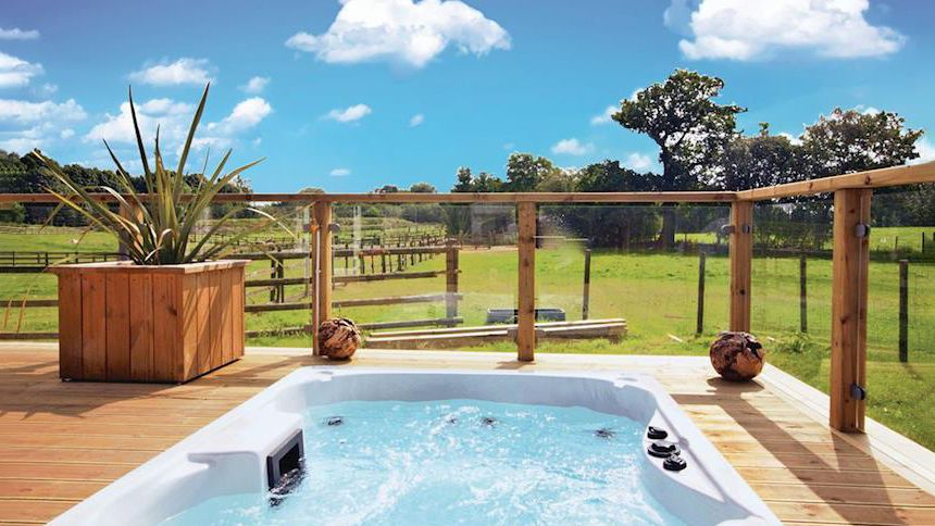 Hot Tub Lodge Breaks. Save up to £100 + up to 10% Teachers discount