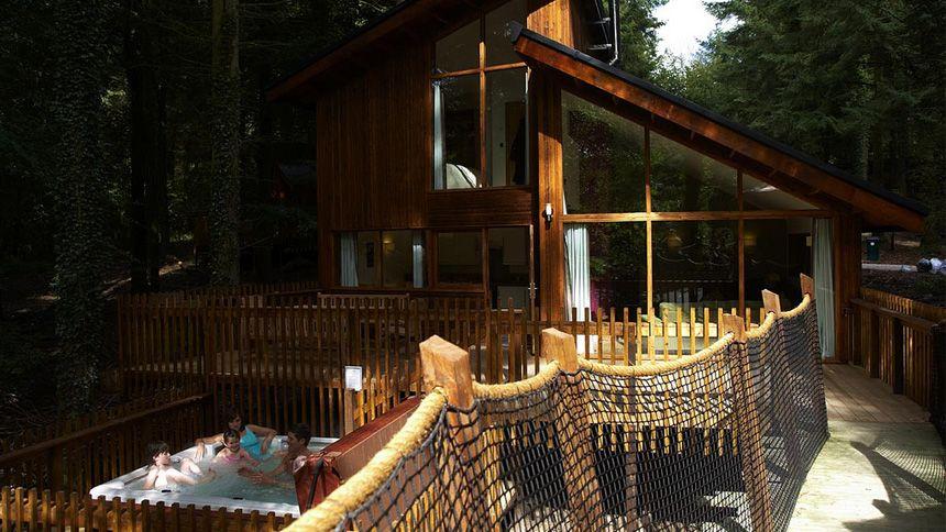 Hot Tub Lodge Retreats. 5% Teachers discount
