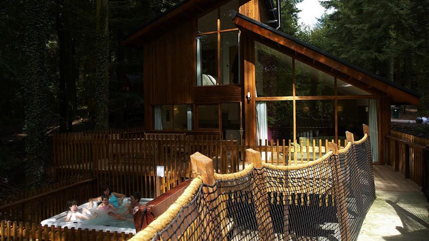 Luxury Woodland Lodges. Up to 10% Teachers discount