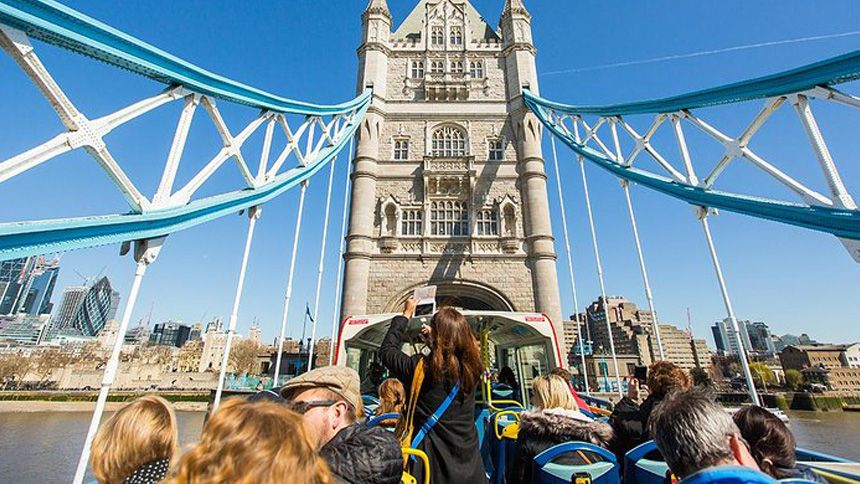 London Sightseeing Bus Tours. 10% Teachers discount