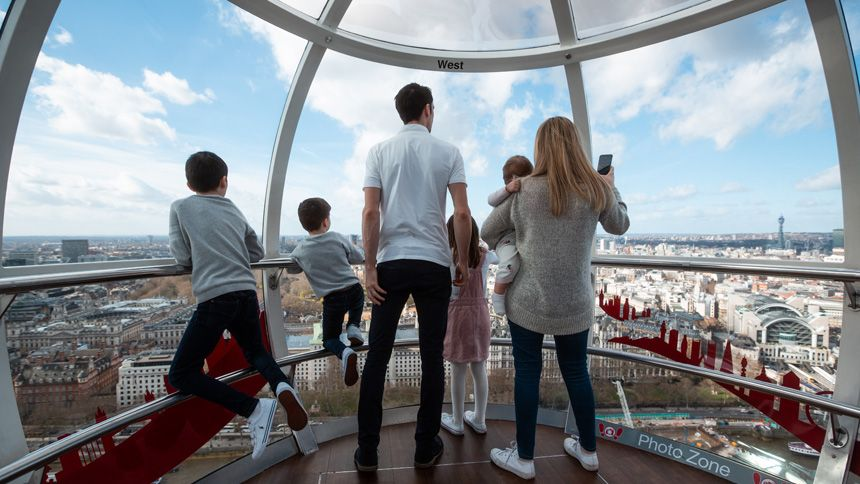 The lastminute.com London Eye - Huge savings for Teachers