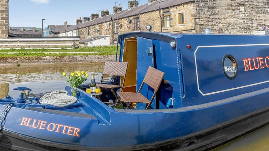 UK Boating Holidays - Up to 10% extra Teachers discount