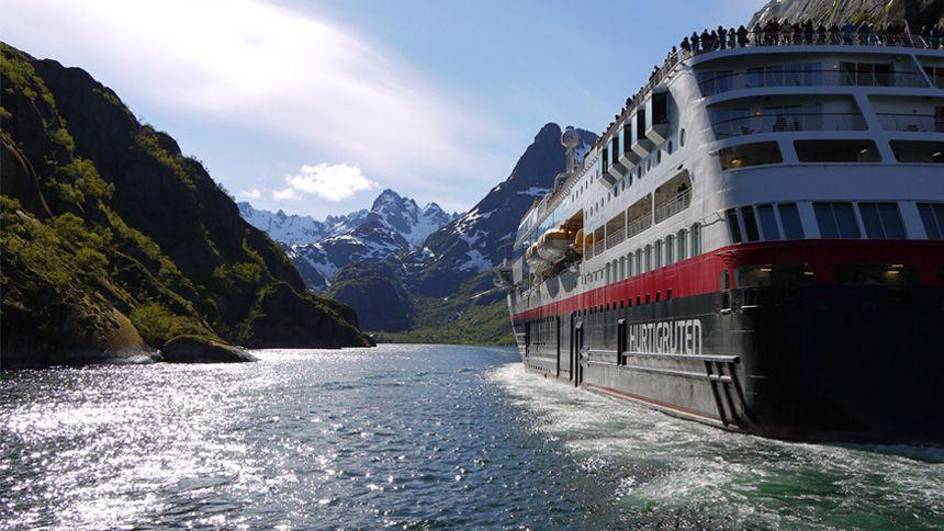 Hurtigruten Cruises - Save an additional 10% on Expedition & Norwegian Coastal Express holidays