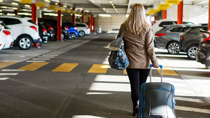 Looking4Parking - Up to 60% off airport parking