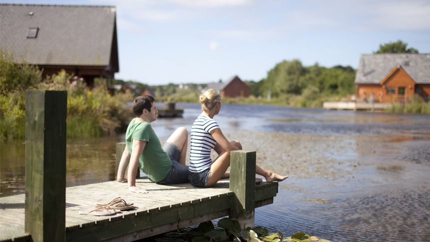 Hoseasons - Winter retreats from only £289 + up to 10% extra Teachers discount
