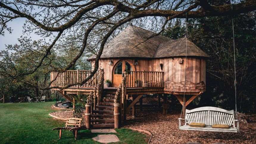UK Glamping Holidays - £16 off for Teachers