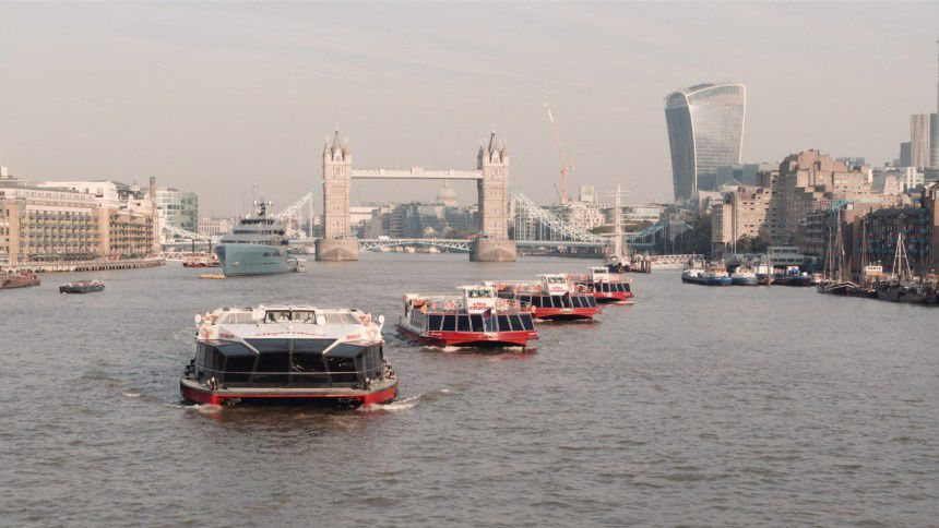 London City Cruises - 15% Teachers discount on Christmas Dinner Party & Thames Lunch Party