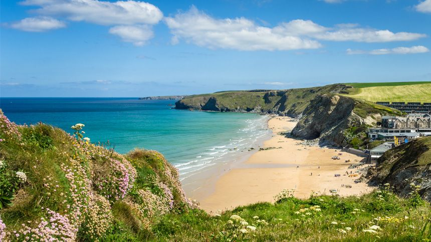 Holidays by National Express - £10 off for Teachers